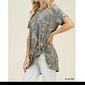 JODIFL Tops - 💥9Gotta Have It camouflage top